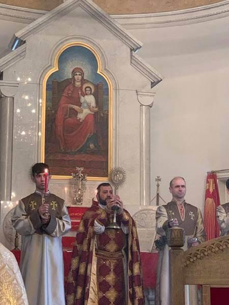 В Армянской Церкви Святой Екатерины Санкт-Петербурга отметили праздник Сошествия Святого Духа